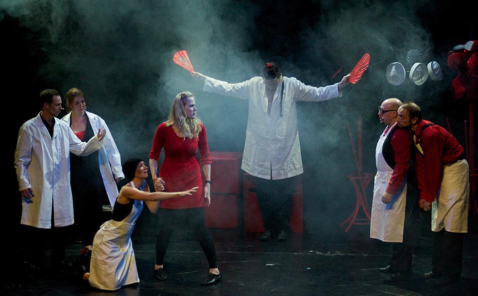 Improvisational Theatre History Improvised Theatre