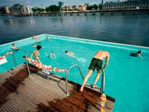 Reiner Riedler, Badeschiff at Arena in the river Spree, Berlin, Germany. Fake Holidays.  © Reiner Riedler / Anzenberger.