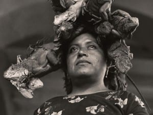 Graciela Iturbide, La Nuestra Senora de las Iguanas, Juchitan, Oaxaca, Mexico (Our Lady of the Iguanas, Juchitan, Oxaca, Mexico), 1979.