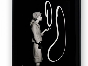Fashion-With-Light-Drawings