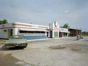 Jim Dow, Clock Truck Stop, US 11, Pickayune, Mississippi 1978.