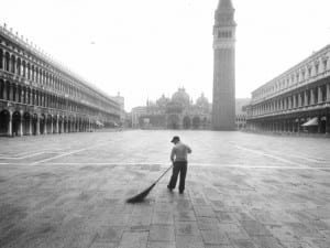 Gianni Berengo Gardin, Venice, Piazza San Marco, 1989.