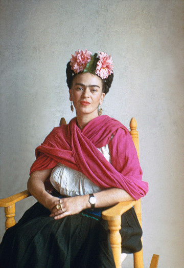 Frida-San-Angel-1941-(c)-Nickolas-Muray_lores