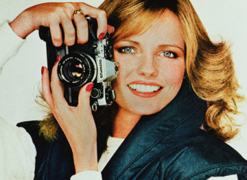Woman With A Camera (Cheryl Tiegs_Olympus I),2008, C-print, framed, 72.4 x 99 cm