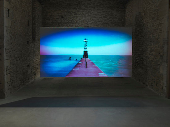 Review of Qwaypurlake at Hauser and Wirth Somerset